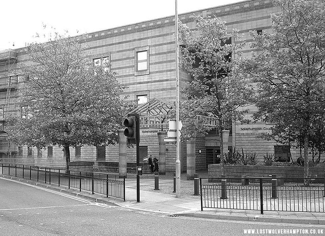 The Crown Court stands on the corner of Pipers Row,and Bilston Street today in 2016.