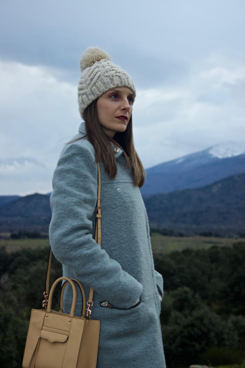 lara-vazquez-mad-lula-style-fashion-blog-moda-cold-beanie-neutrals