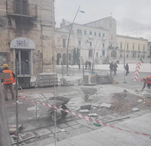 """LAVORI INFINITI 90 giorni dopo la """"scadenza"""""""