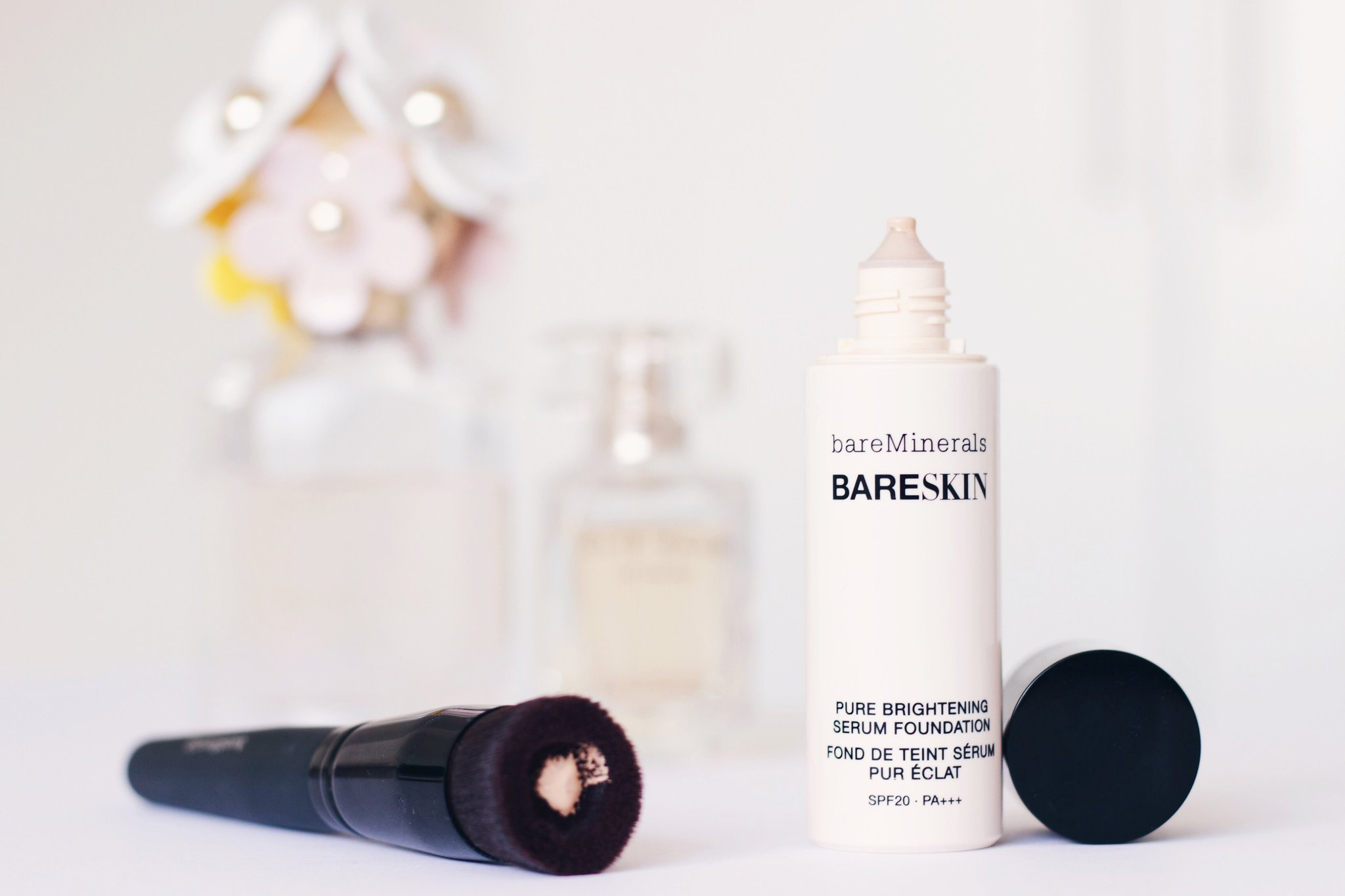 bareMinerals Bareskin Foundation Review