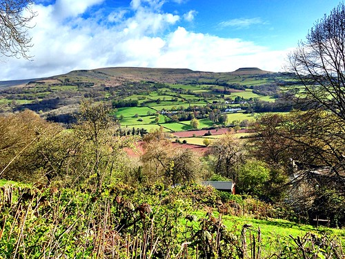 mountains wales walking landscape countryside cymru scenic blackmountains hillfort crickhowell oldredsandstone breconbeaconsnationalpark visitwales bbcwalestoday crughywell