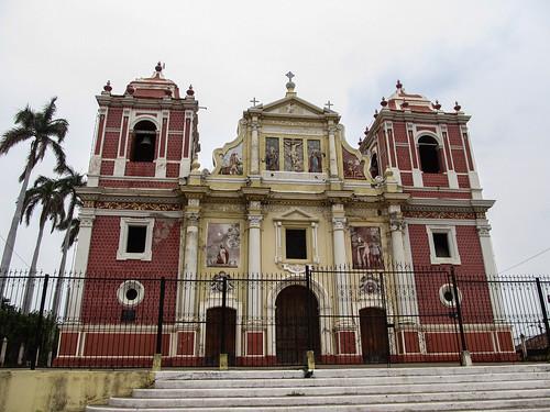 Léon: la Iglesia Dulce Nombre de Jesus El Calvario