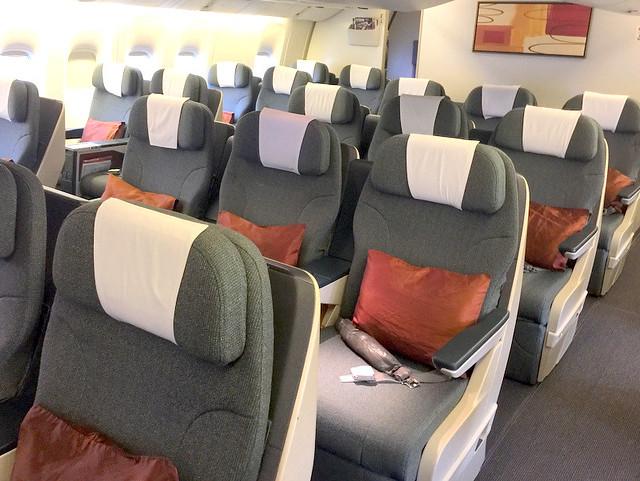CX 777-300 Mnl to Hkg