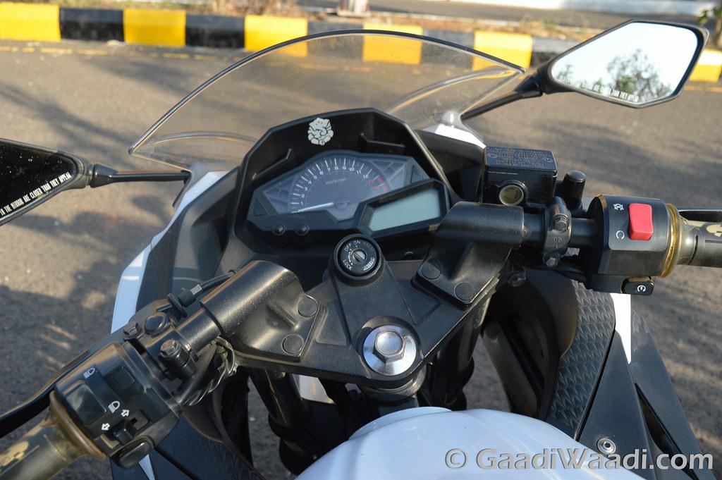 Yamaha R3 vs KTM RC390 vs Kawasaki Ninja300-19