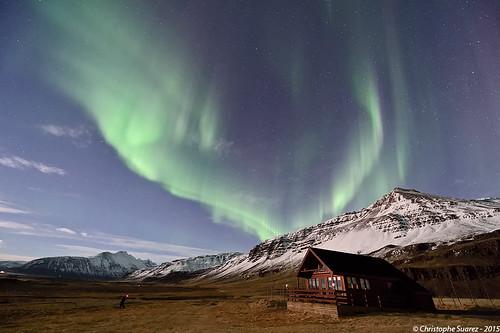 Cœur boréale et chalet typique en Islande