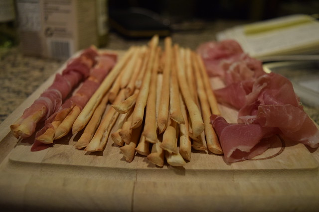 Oscar Party: Prosciutto Wrapped Breadsticks
