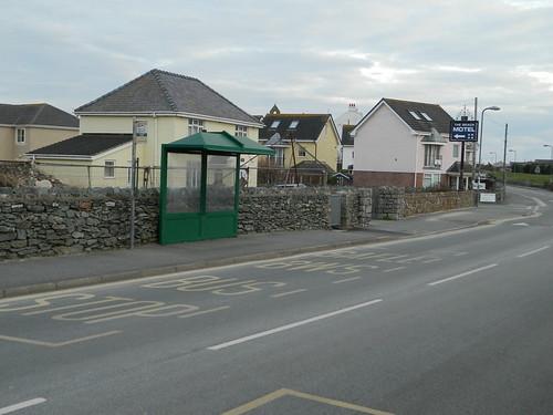 Junction Lon St Ffraid - Ravenspoint Road Llangefni bound