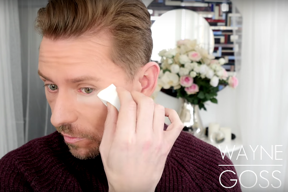 Tutorial: The Sandbag Technique Makeup Tutorial by Wayne Goss