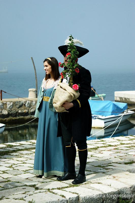 Капитан с женой