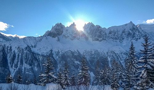 sky mountain snow france mountains alps clouds landscape nokia europe chamonix 925 lumia andygocher