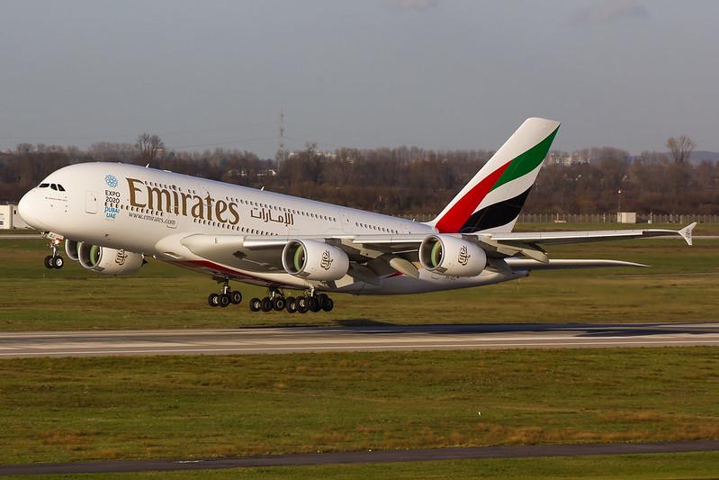 Emirates - A388 - A6-EOJ (1)