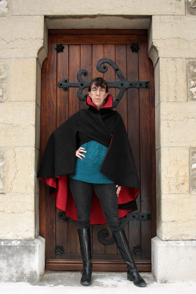 Cape en laine et ottoman