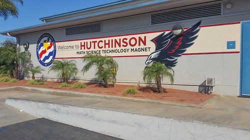 Mural project - Hutchison Middle School - Downey CA