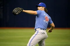 R.A. Dickey warms up at The Trop
