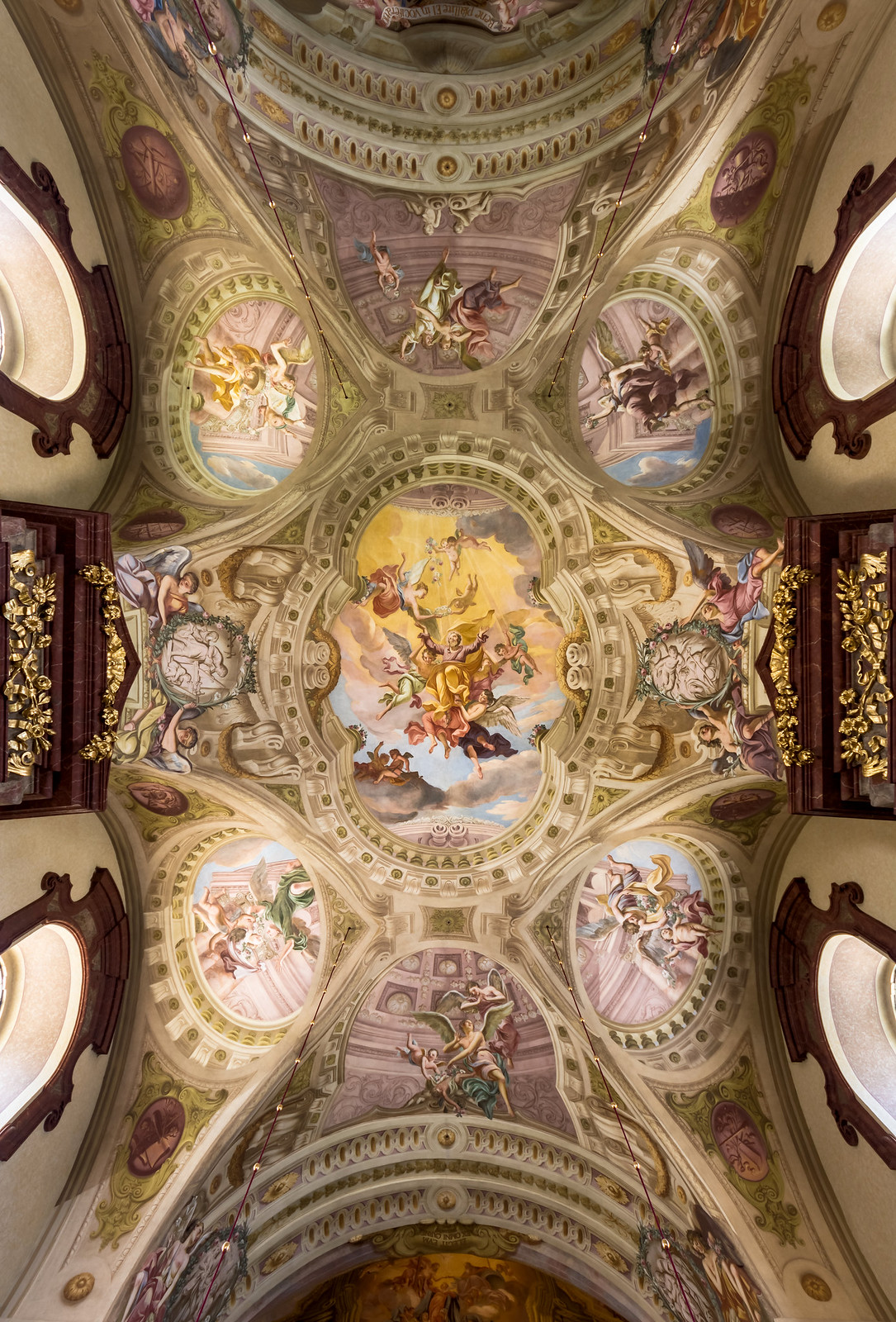Ceiling fresco in the nave of Maria Taferl Basilica (Lower Austria) by Antonio Beduzzi (1714-1718) Glorification of St. Joseph, Credit Uoaei1