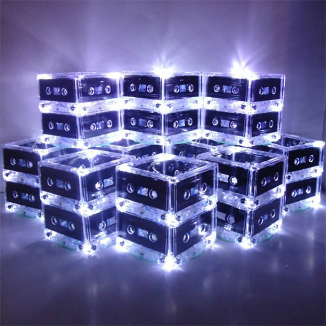 0001cassette_tape_lamps_2