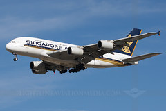 Singapore Airlines Airbus A380-841 9V-SKQ