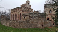 Last look at the Mosburg 'fortress ruin' in the Biebrich Palace Park