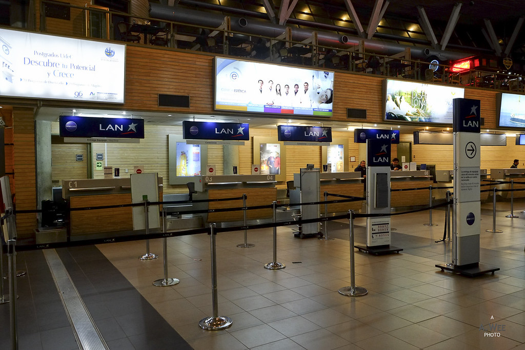 LAN check-in desks