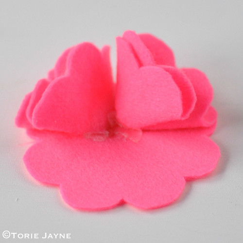 Felt Flower Brooch Tutorial 8