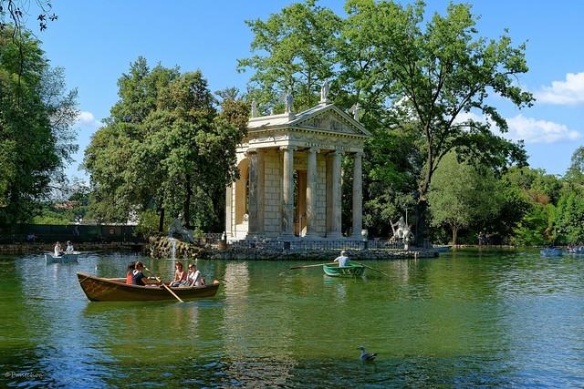Rome : Tempio di Esculapio /  Pincio / Fun on the lake