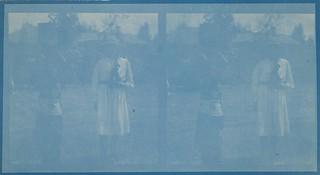 Swahili girl Mariam Ascha and Kirsti Gallen-Kallela standing in front of the Gallen-Kallela family's last African home in Nairobi in October 1910 (copy 1).