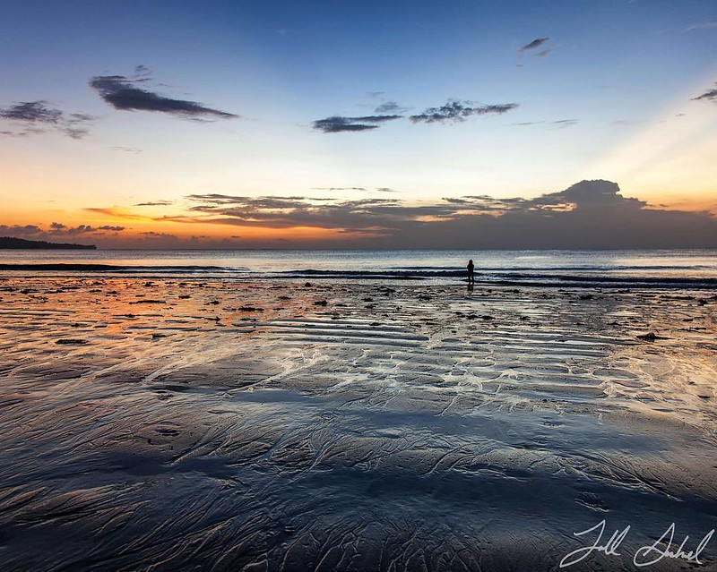 Solitude. #jimbaran #jimbaranbeach #jimbaranbay #bali #indonesia #sunset #travelgram #travel #instagood #instalike #all_sunsets #tbt #follow #followme #photooftheday #tagsforlikes #picoftheday #instadaily