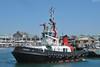 Remorqueur dans le port du Cap