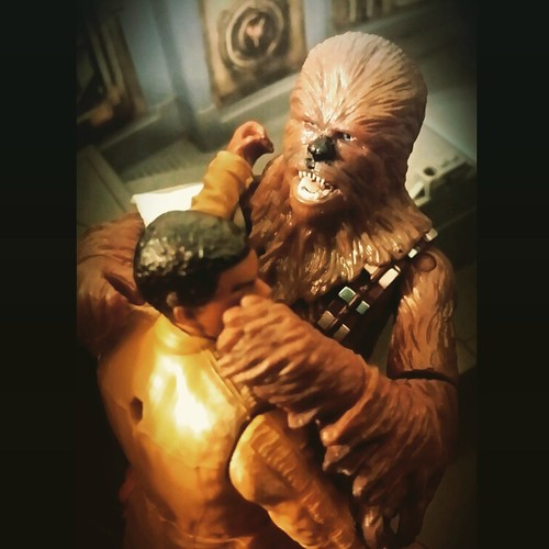 """He almost killed me SIX times!!!"" #chewie #chewbacca #millenniumfalcon #finn #starwars #starwarsfanboysmalaysia #starwarsmalaysia #theforceawakens #starwarsactionfigurediorama #kanjiklubattack"