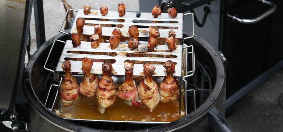 Μπουτάκια κοτόπουλου με μπέικον, αβοκάντο και σάλτσα ντομάτας