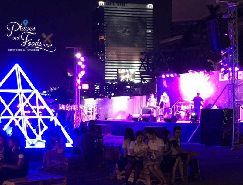 bangkok neon fest lumphini square