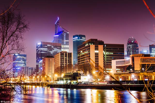 Panorama nocturne sur la Défense