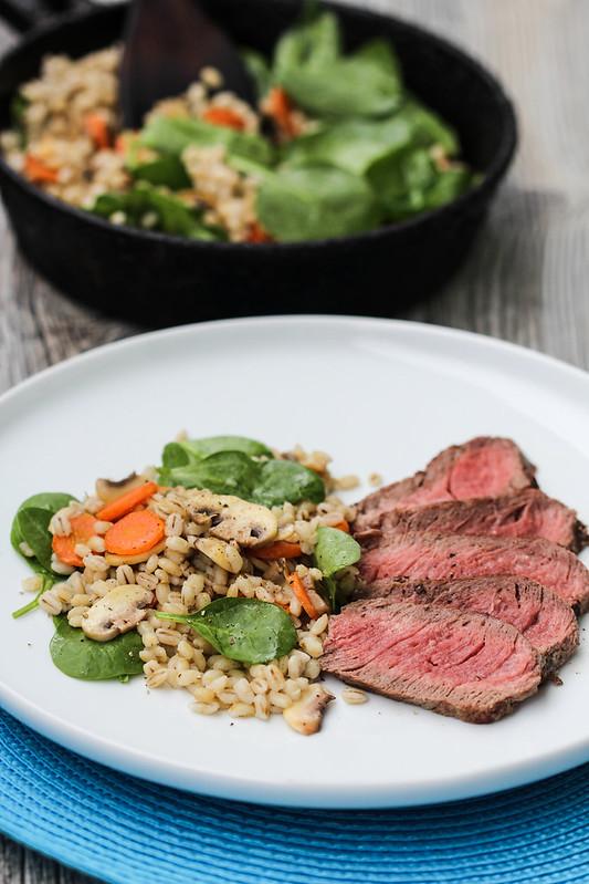 steikas su perlinemis kruopomis (1)