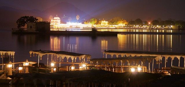 Scenic Lake Pichola at night
