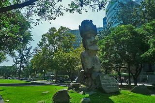 Santiago - Rappanui statue