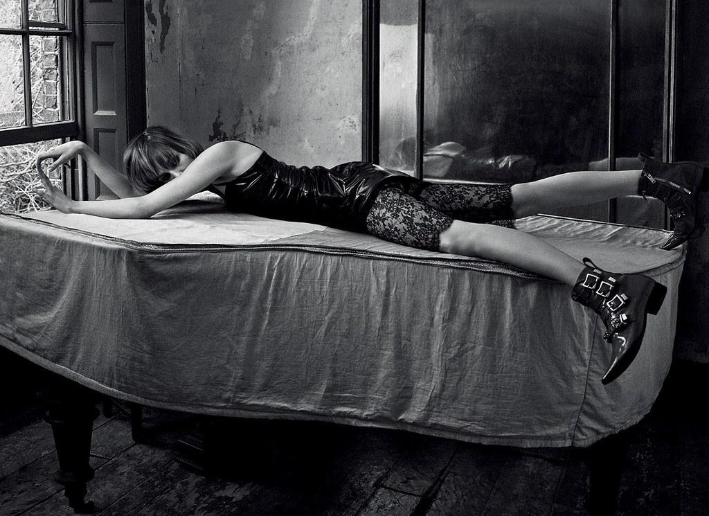 Эди Кэмпбелл — Фотосессия для «Vogue» DE 2016 – 3