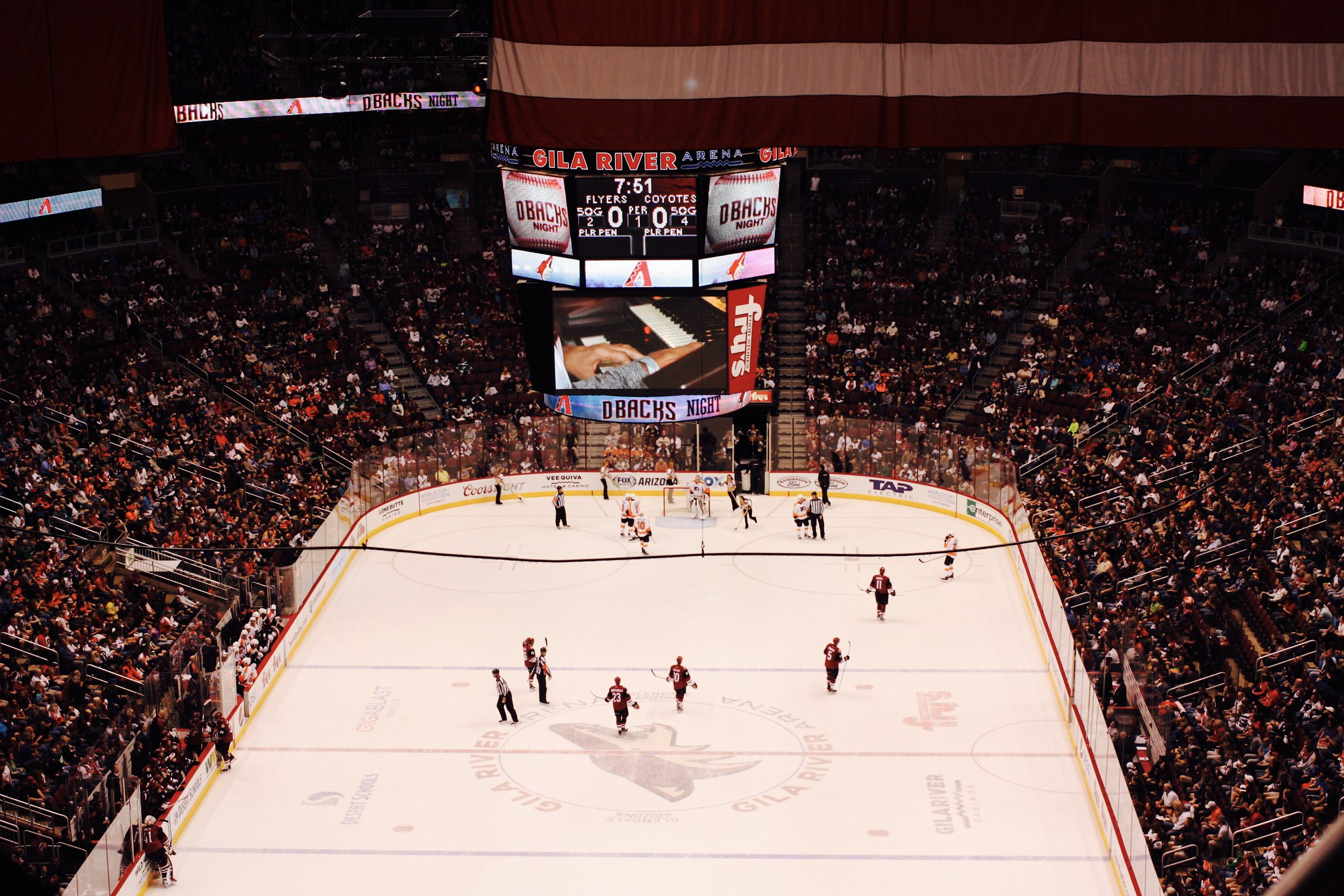 Arizona Coyotes vs. Philly Flyers @ Gila River Arena