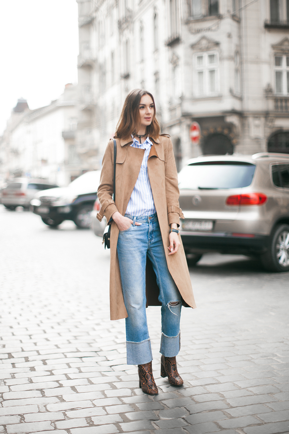 70s-denim-suede-outfit-look