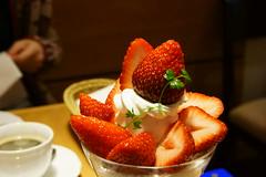 苺のパフェ