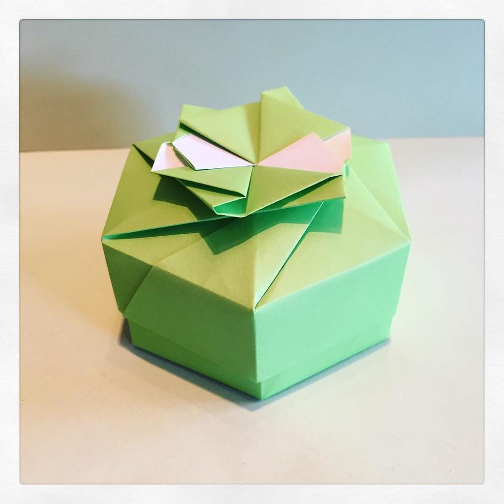 Paperpauls Most Recent Flickr Photos Picssr Tomoko Fuse Diagrams Hexagon Box Designed By Modular Origami Green