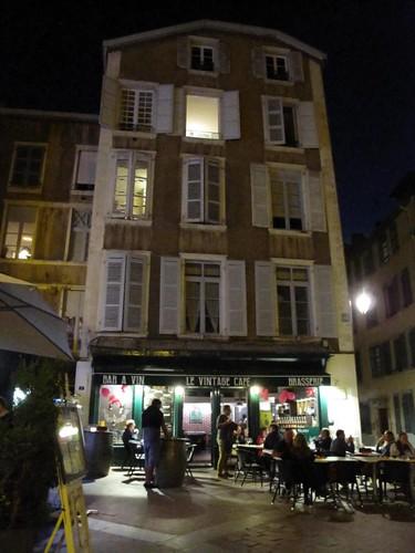 Le Vintage Cafe