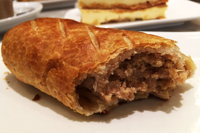 Sausage roll, Sweet Infinity