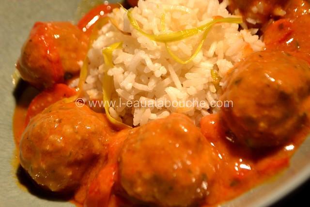 Boulettes de Viande au Curry Rouge Riz aux Poireaux © Ana Luthi Tous droits réservés 24