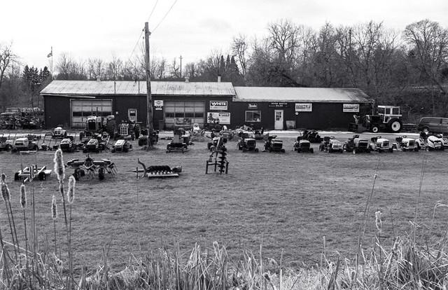 Lotsa Lawn Tractors_