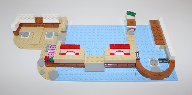 Review 41119 Heartlake Cupcake Cafe Brickset Lego Set Guide And