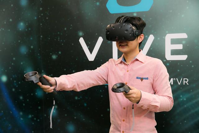 更加完整,第二代的 HTC Vive Pre 實機把玩分享 @3C 達人廖阿輝