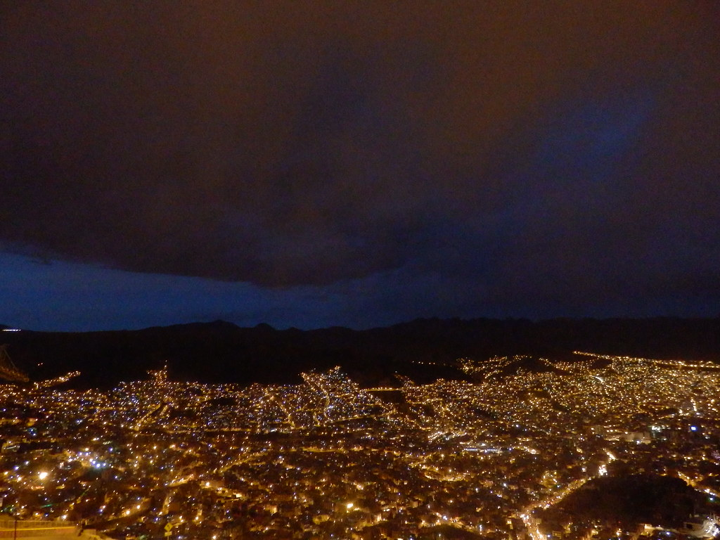 6 Experiences to Have in La Paz, Bolivia