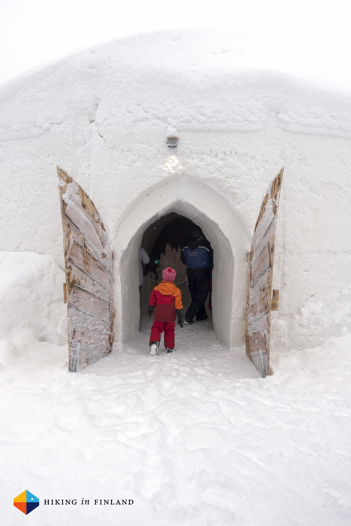 Entering the Hetta Ice Castle