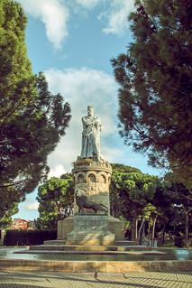 Alfonso I El Batallador 의 이미지. park parque sculpture statue spain europa europe zaragoza escultura aragon estatua saragossa parquegrande bigpark espaã±a alfonsoelbatallador alfonsoidearagon