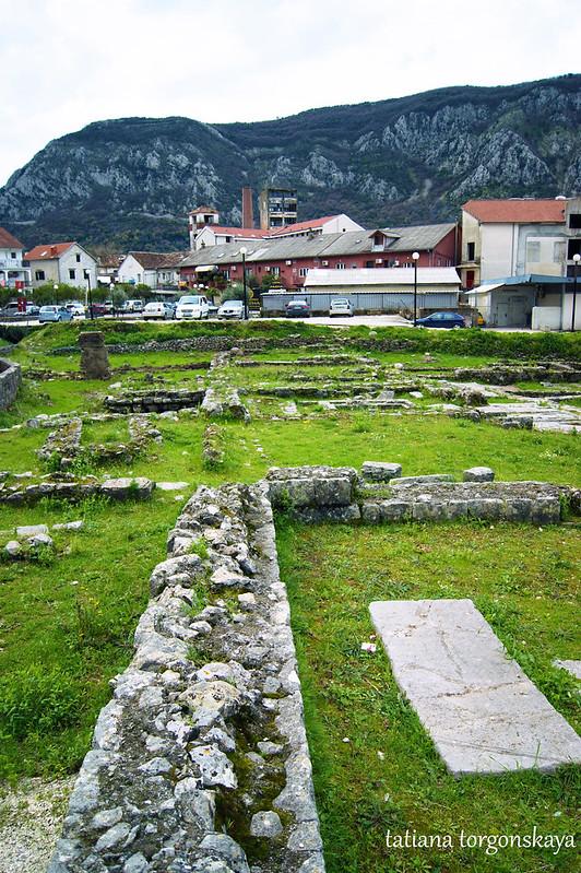 Внутри монастырского комплекса